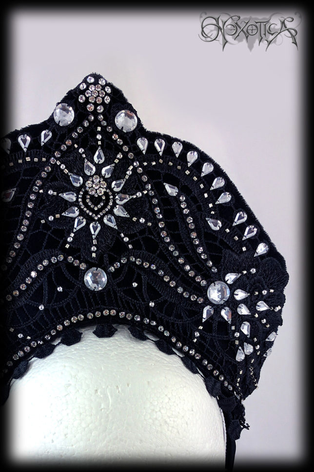 An Art Deco Black & Silver Burlesque Headdress by Hexotica